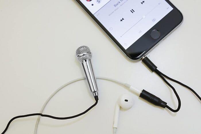 Mini Micro Karaoke Smartphone